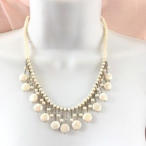 Jewelry - Pearl Beaded Dangle Necklace